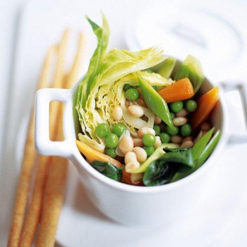 Menestra de verduras con alubias blancas