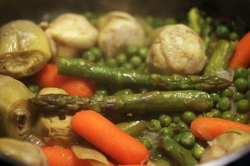 Menestra de verduras con espárragos